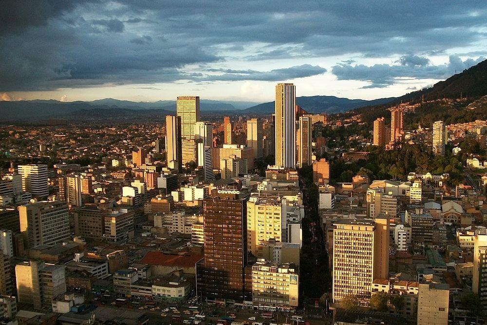 Pei adquiere nuevo centro médico de Sanitas en Bogotá